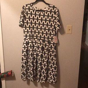 Lularoe Amelia Dress Sz 3XL NWT Black White